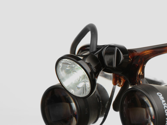 3MC-Concept - I.C.Lercher - Led Light Plus - Adaptateur Orascoptic - Copyright I.C.Lercher