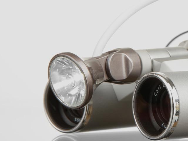 3MC-Concept - I.C.Lercher - Led Light Plus - Adaptateur Zeiss - Copyright I.C.Lercher